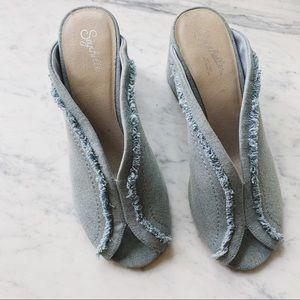 Seychelles Free People denim fringe block heels 7